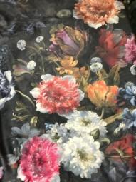 Italienisches Samt Flowers Print