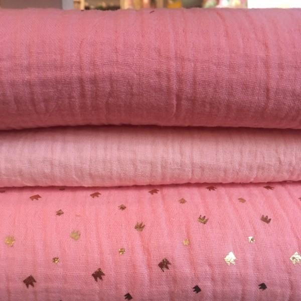 Musselinstoff rosa mit goldenen Kronen