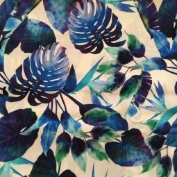 Viskose blaue Blätter